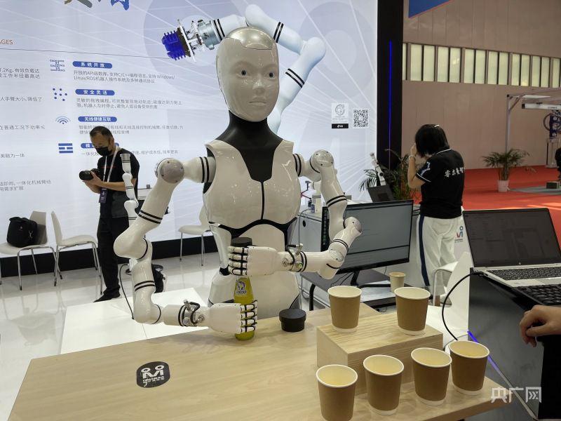 盛煌官方:2021世界机器人大会:人机共融共存谱写产业高质量发展新篇章(图2)