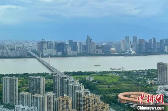 杭州调整应届高学历毕业生补贴博士研究生提至10万元